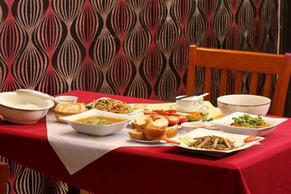 Nhà hàng chay Quỳnh Mai